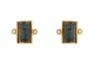 18 krt geelgouden oorknoppen met daarin 0.06 crt diamant en aquamarijn