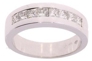 Witgouden damesring met 0.80 crt diamant