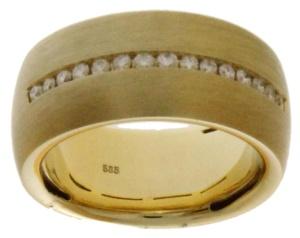 14 krt geel gouden damesring met daarin 0.30 crt diamant