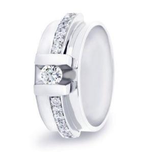 R&C witgouden damesring met 0.28 crt diamant