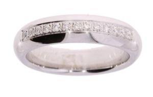 14 krt witgouden dames ring met 0.201 crt diamant