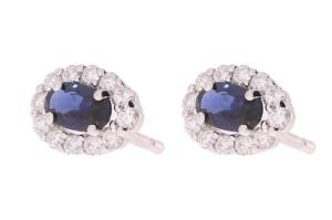 Witgouden oorknoppen met saffier en 0.25 crt diamant