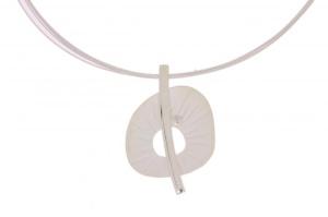 zilveren collier met hanger en diamant