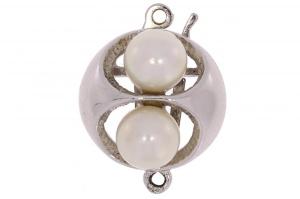 Zilveren sluiting met zoetwater parels