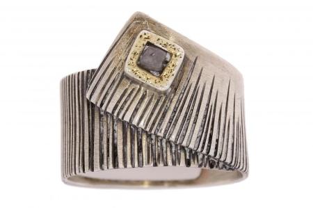 Verlinden Silver Collection Zilveren ring met gouden zetting en ruwe diamant bicolor diamant